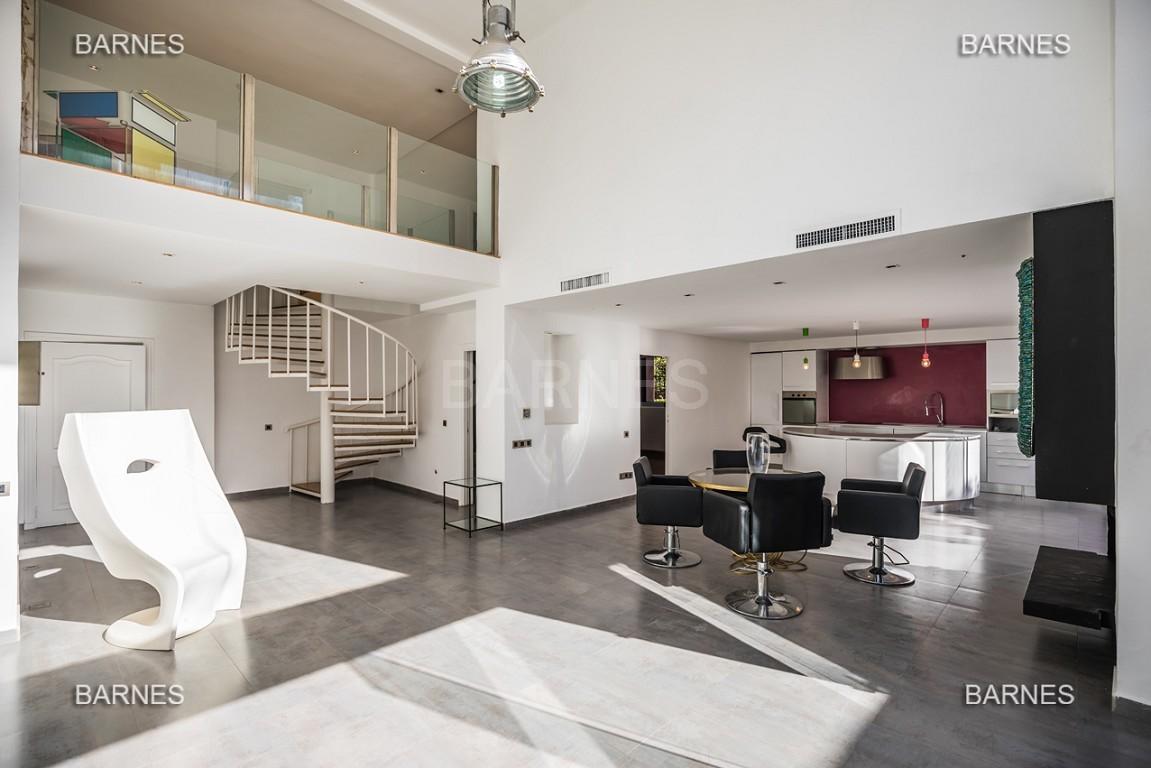 Magnifique duplex de 242 m² situé au coeur de l'hivernage dans une prestigieuse résidence avec piscine picture 4