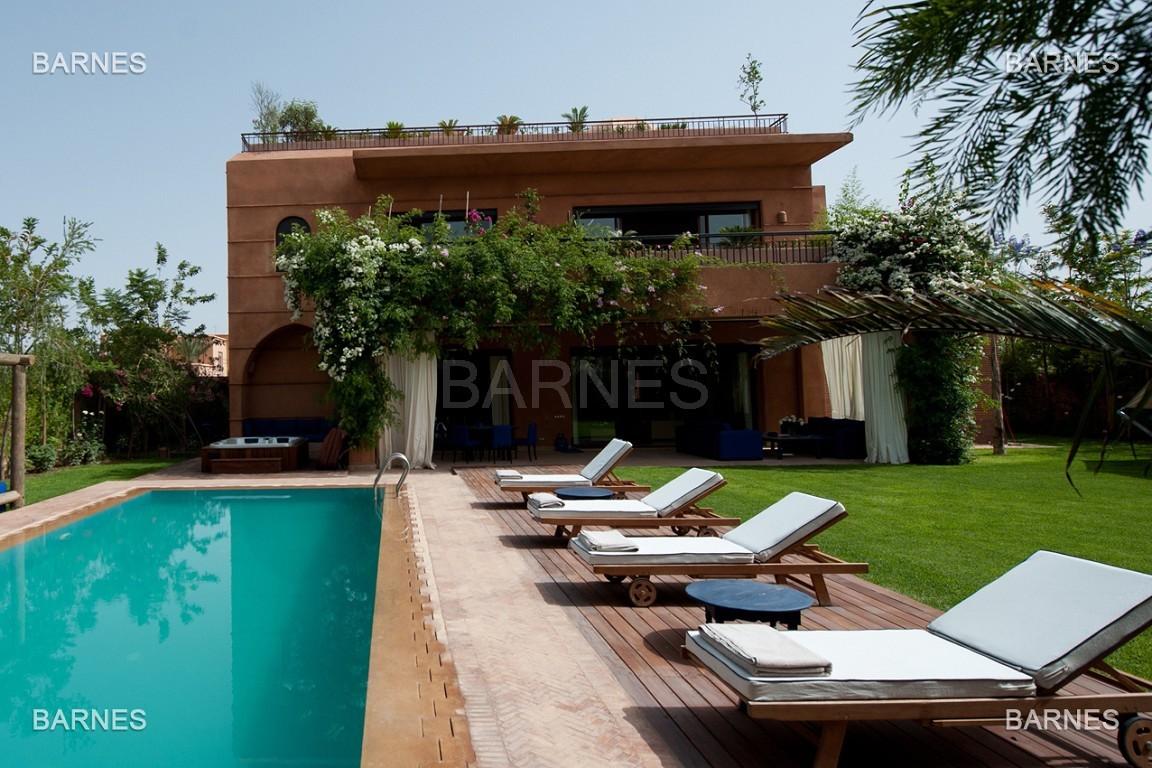 Impressionnante demeure marocaine construite dans la zone d'Amelkis sur un grand terrain de 1200m2 picture 0