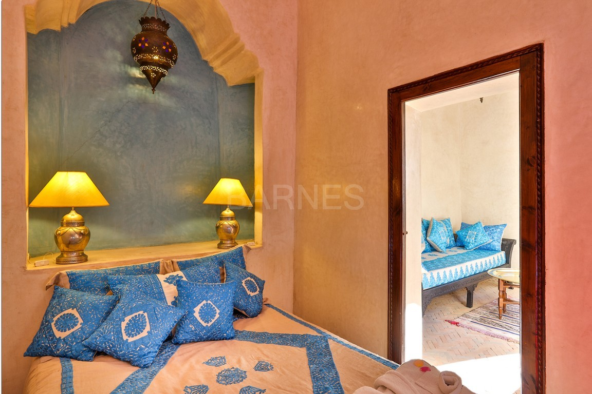 Riad guest house , 2 patios, pool , 10 bedrooms, 10 bathrooms , fireplace lounge, dining room , steam room, massage rooms , terrace picture 10