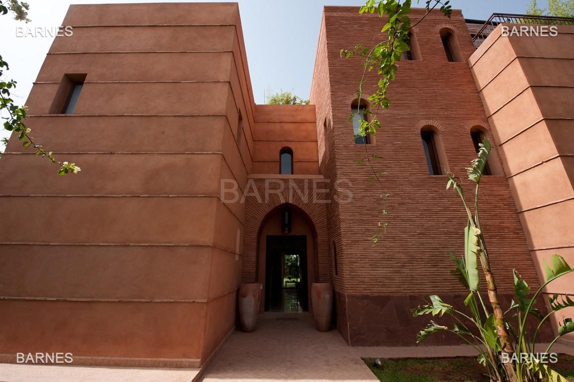 Impressionnante demeure marocaine construite dans la zone d'Amelkis sur un grand terrain de 1200m2 picture 1