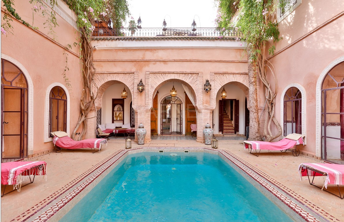 Riad , Patio pool , 6 bedrooms, 6 bathrooms , fireplace lounge, dining room , loft , terrace picture 0