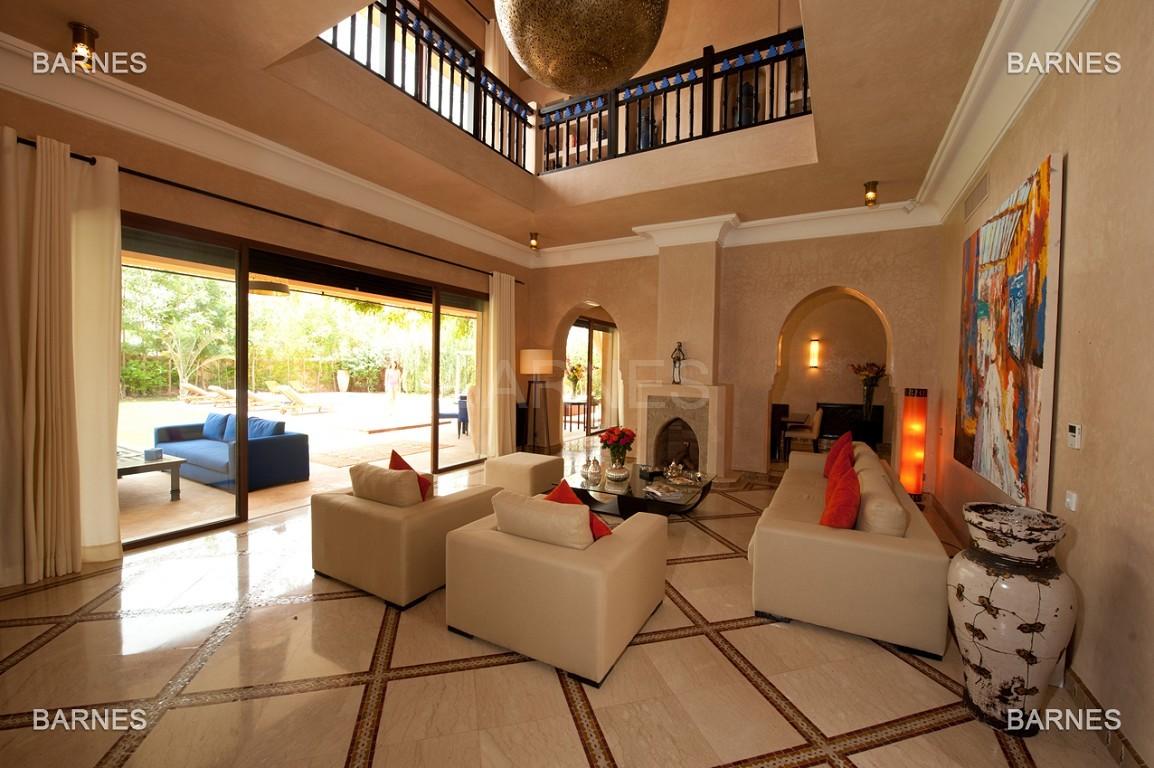 Impressionnante demeure marocaine construite dans la zone d'Amelkis sur un grand terrain de 1200m2 picture 3