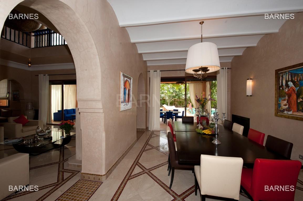 Impressionnante demeure marocaine construite dans la zone d'Amelkis sur un grand terrain de 1200m2 picture 5