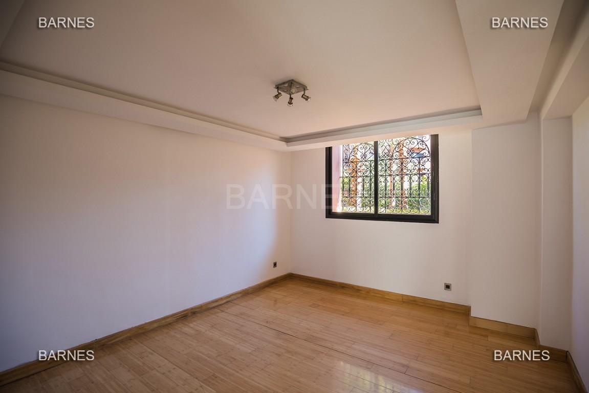 Magnifique duplex de 242 m² situé au coeur de l'hivernage dans une prestigieuse résidence avec piscine picture 13