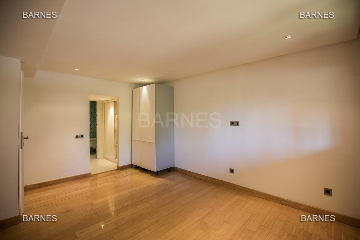 Magnifique duplex de 242 m² situé au coeur de l'hivernage dans une prestigieuse résidence avec piscine picture 11