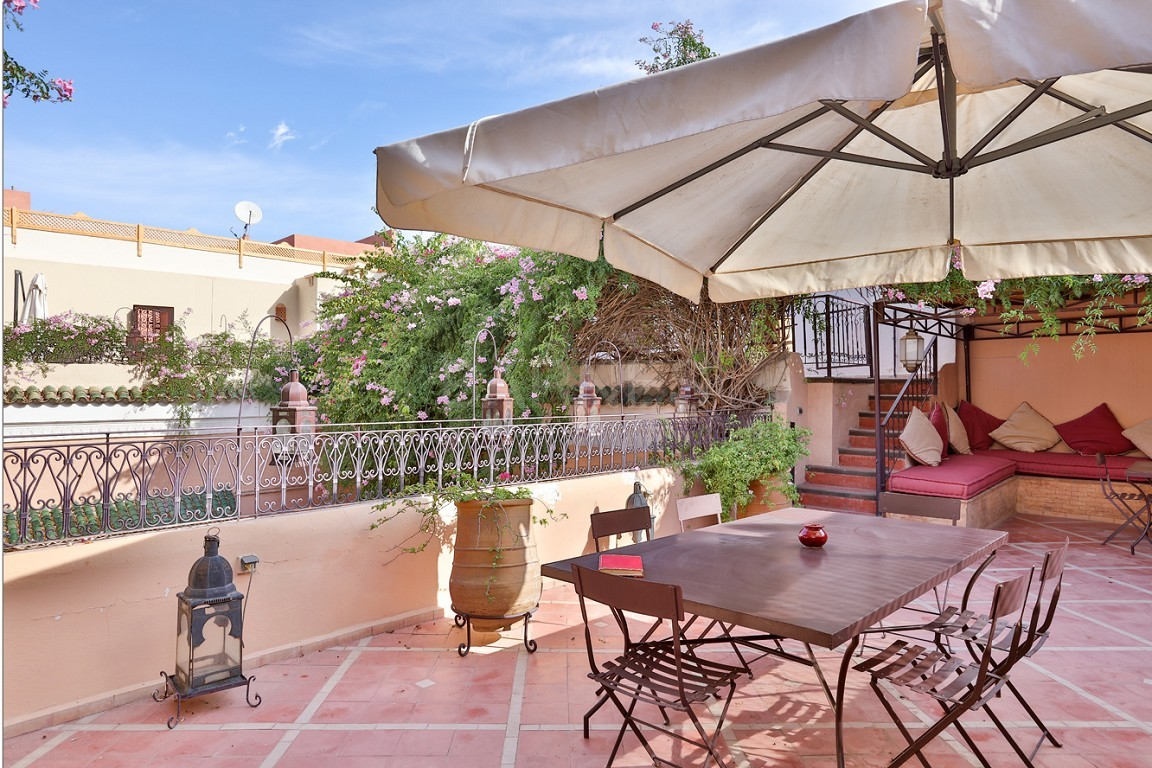 Riad , Patio pool , 6 bedrooms, 6 bathrooms , fireplace lounge, dining room , loft , terrace picture 13