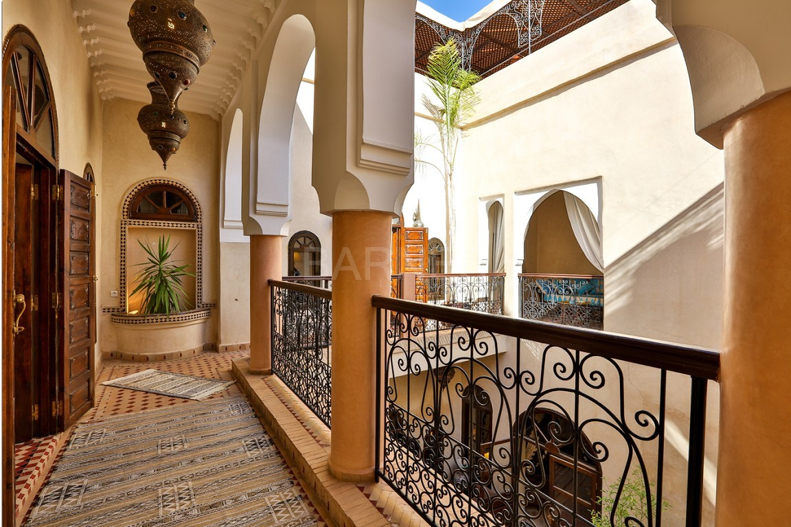 Riad guest house , 2 patios, pool , 10 bedrooms, 10 bathrooms , fireplace lounge, dining room , steam room, massage rooms , terrace picture 7