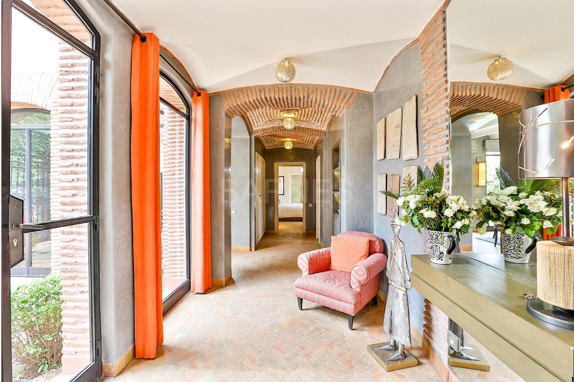 Vente villa Marrakech  Très belle villa sur Golf d'Amelkis, 5ch, toute récemment refaite et décorée avec du mobilier de très grande qualité.  picture 9