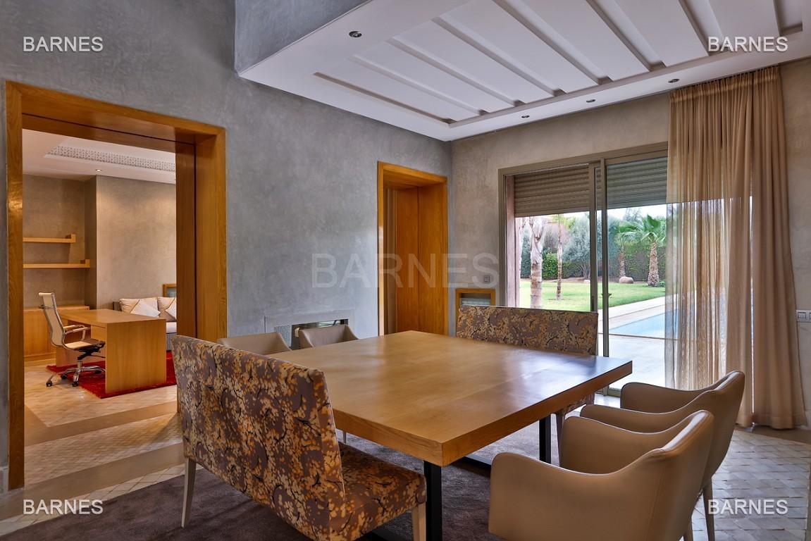 Villa contemporaine au coeur du circuit de la palmeraie Marrakech bâtie sur un terrain de 4000 m² et offrant une superficie habitable de 430 m². picture 14