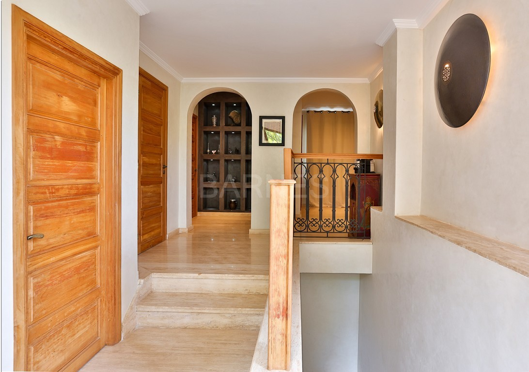 Close to Bab Atlas , in a quiet residential area and easily accessible by road from Fez picture 16