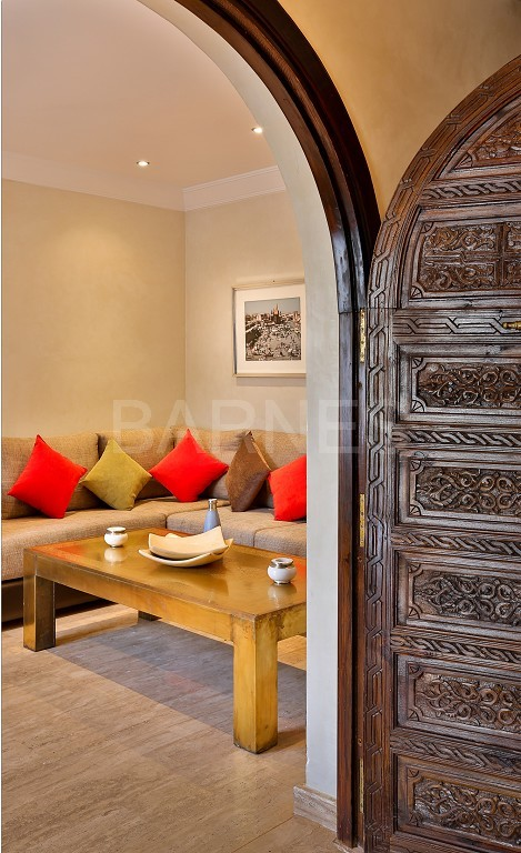 Close to Bab Atlas , in a quiet residential area and easily accessible by road from Fez picture 14