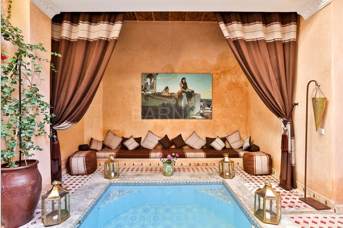 Riad guest house , 2 patios, pool , 10 bedrooms, 10 bathrooms , fireplace lounge, dining room , steam room, massage rooms , terrace picture 0