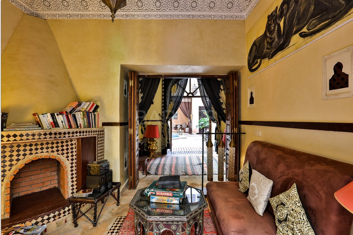 Riad guest house , 2 patios, pool , 10 bedrooms, 10 bathrooms , fireplace lounge, dining room , steam room, massage rooms , terrace picture 3