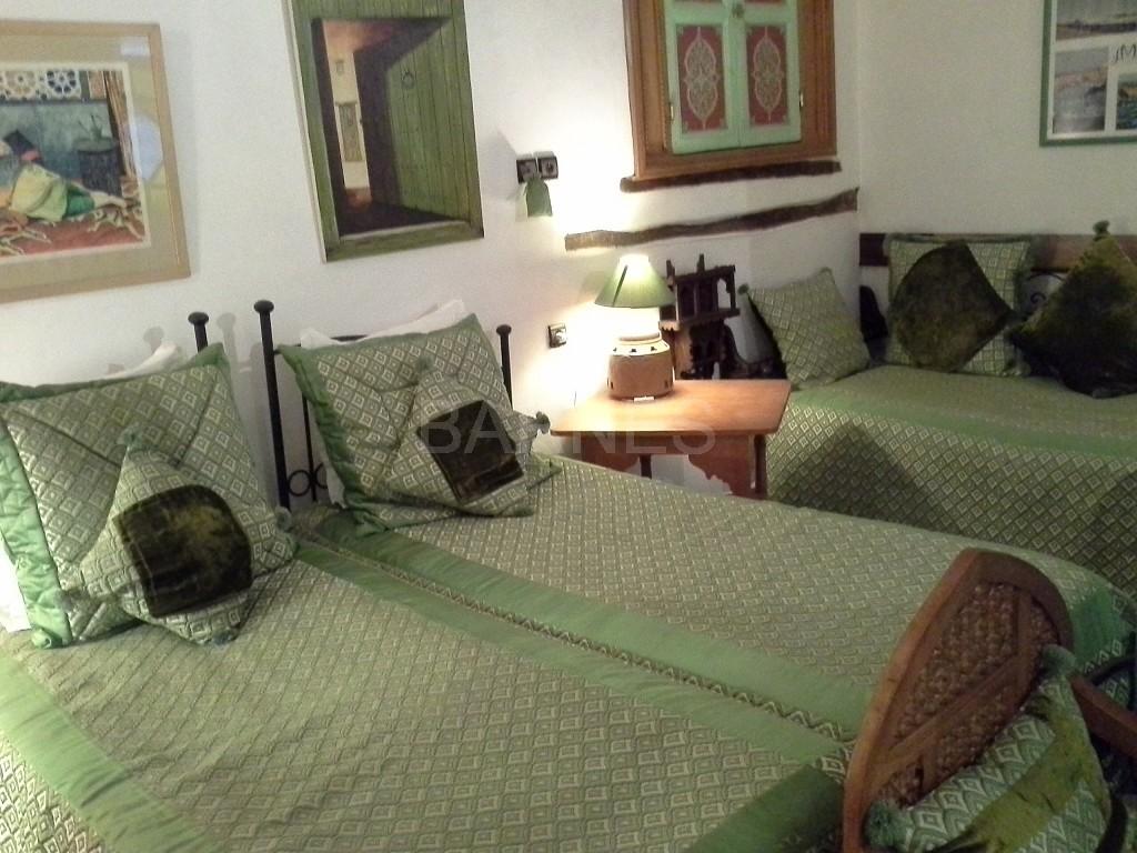 Riad maison d'hôtes, 11 chambres, 11 salles de bains, 2 patios, salons, salle à manger,  picture 12