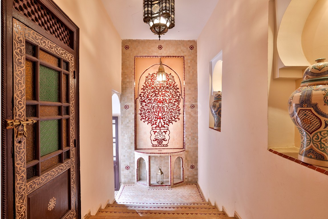 Riad , Patio pool , 6 bedrooms, 6 bathrooms , fireplace lounge, dining room , loft , terrace picture 1