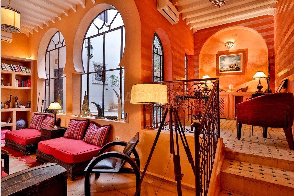 Riad , Patio pool , 6 bedrooms, 6 bathrooms , fireplace lounge, dining room , loft , terrace picture 4