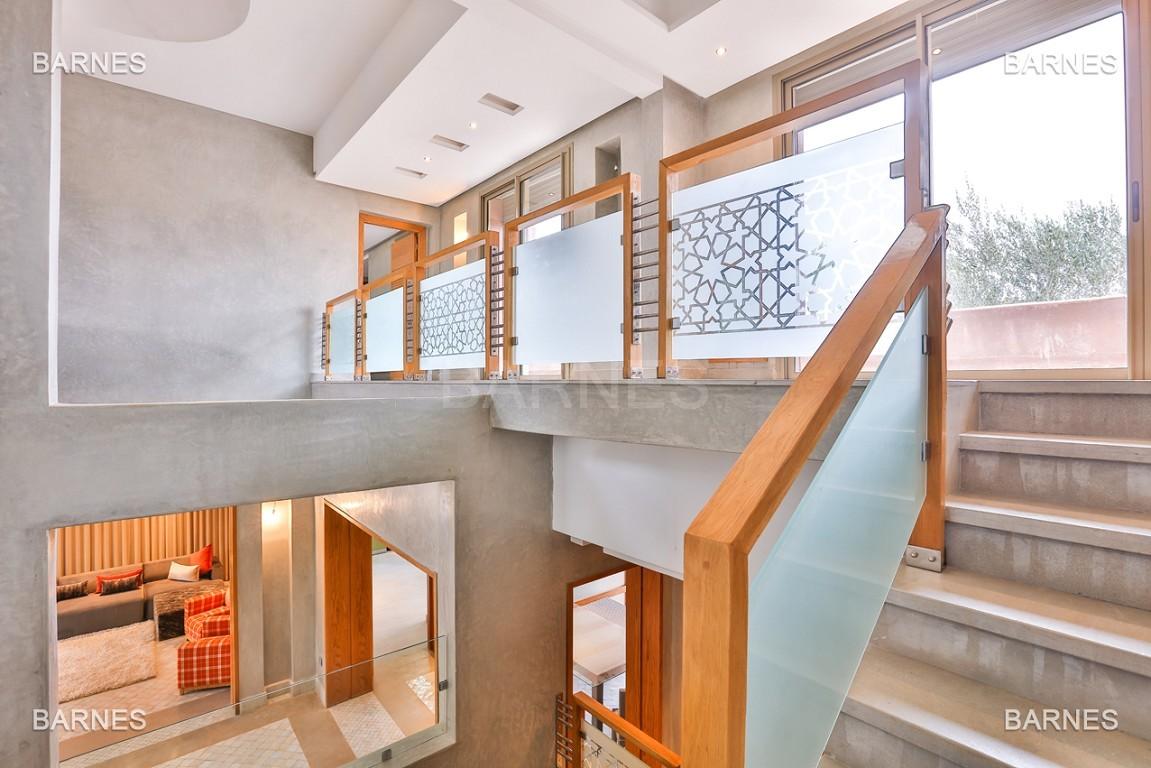 Villa contemporaine au coeur du circuit de la palmeraie Marrakech bâtie sur un terrain de 4000 m² et offrant une superficie habitable de 430 m². picture 8