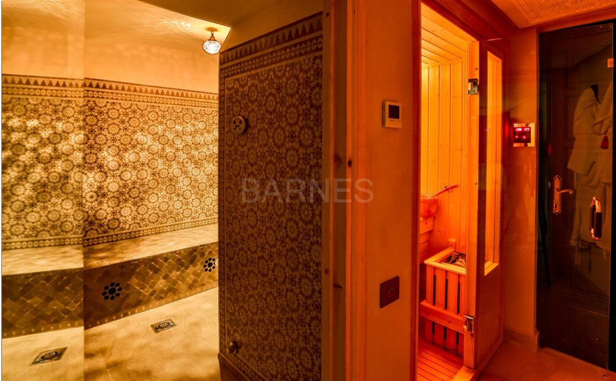 Vente villa Marrakech  Très belle villa sur Golf d'Amelkis, 5ch, toute récemment refaite et décorée avec du mobilier de très grande qualité.  picture 16