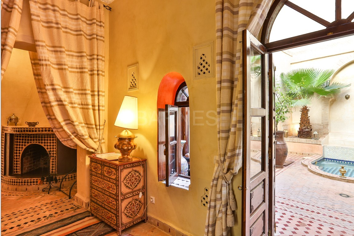 Riad guest house , 2 patios, pool , 10 bedrooms, 10 bathrooms , fireplace lounge, dining room , steam room, massage rooms , terrace picture 6