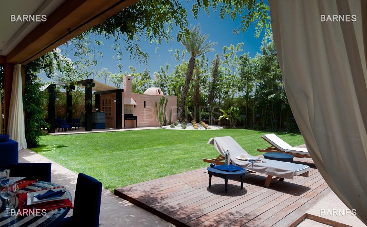 Impressionnante demeure marocaine construite dans la zone d'Amelkis sur un grand terrain de 1200m2 picture 2