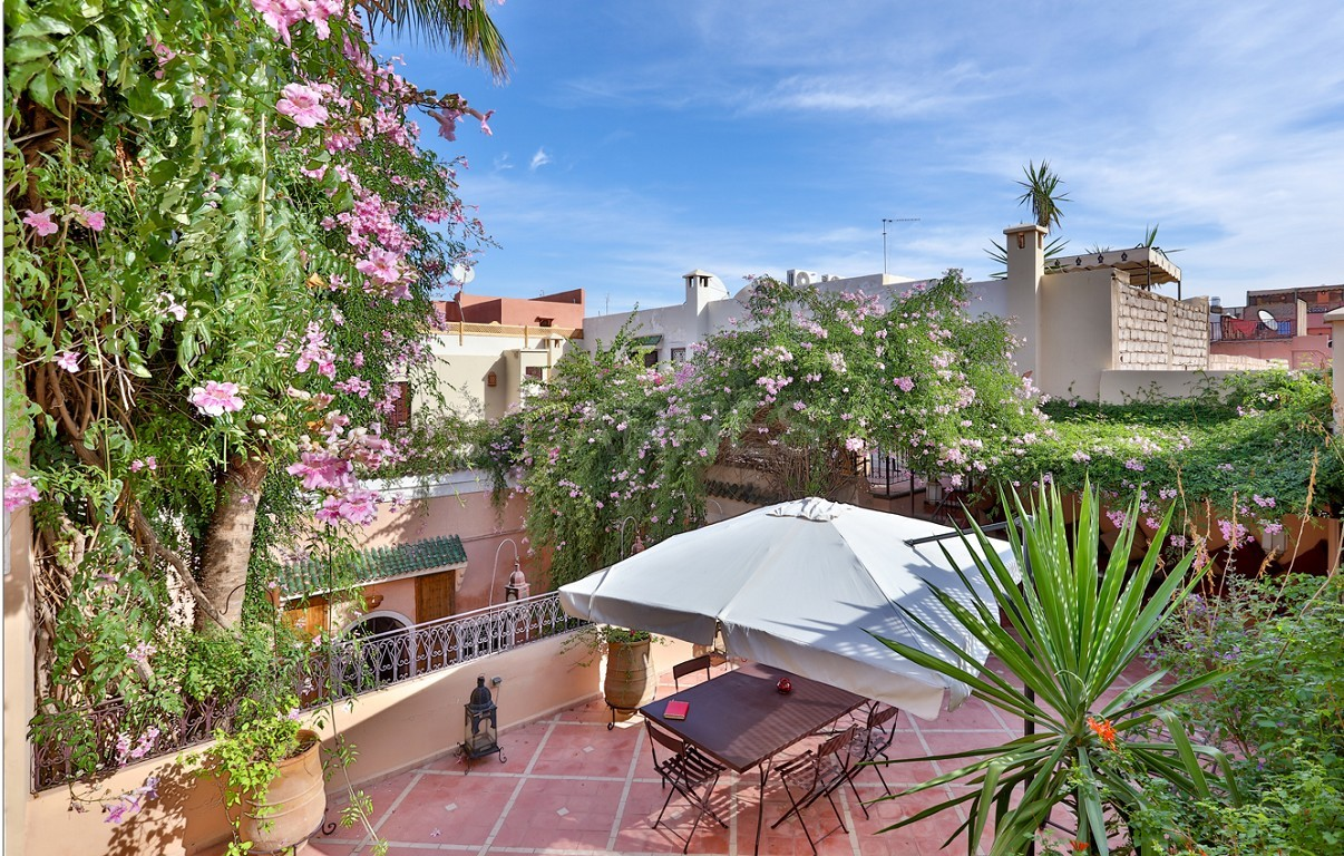 Riad , Patio pool , 6 bedrooms, 6 bathrooms , fireplace lounge, dining room , loft , terrace picture 14
