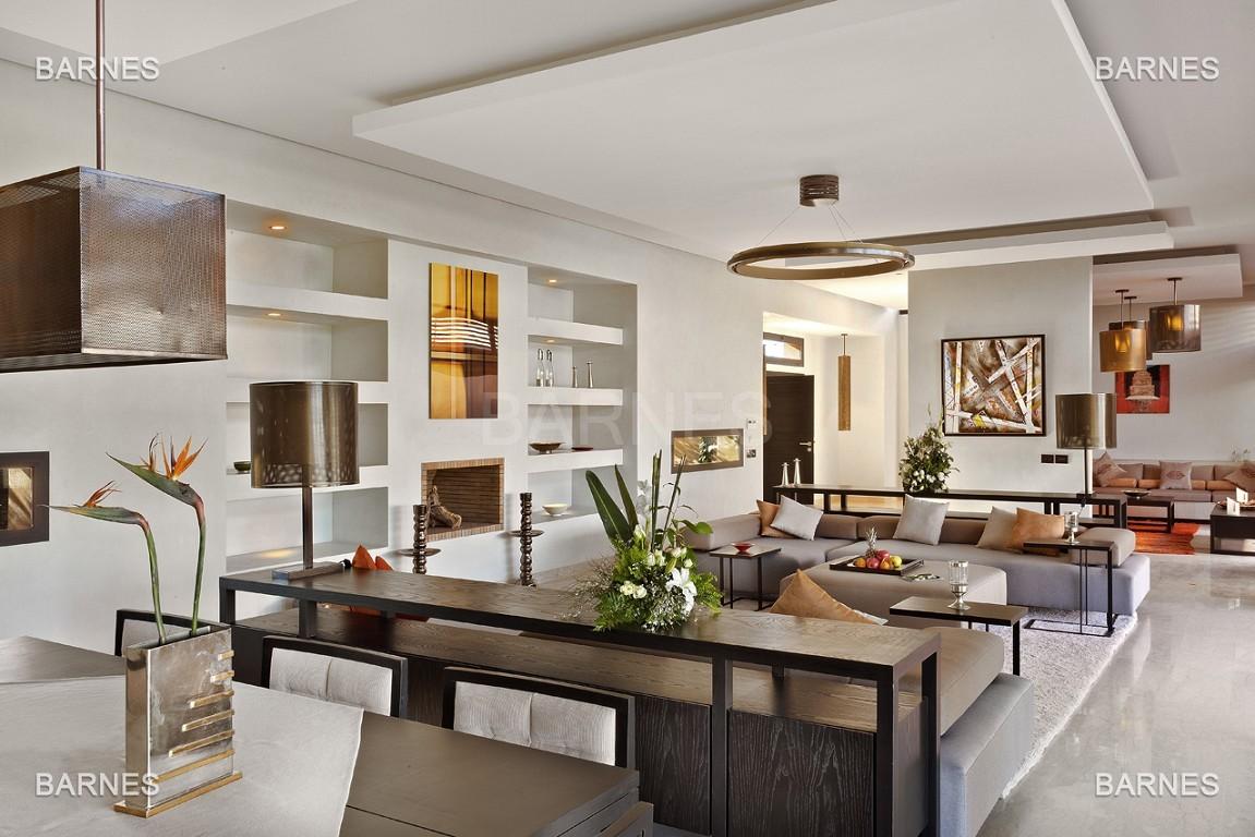 Villa contemporaine sur Golf de 400 m² habitables sur un terrain de 2500 m² picture 4