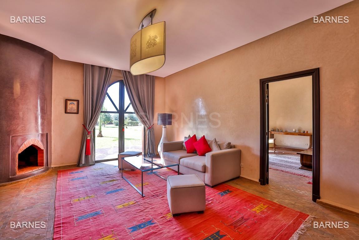 Très belle propriété d'inspiration marocaine, construite de plain pied sur 600m2  picture 17
