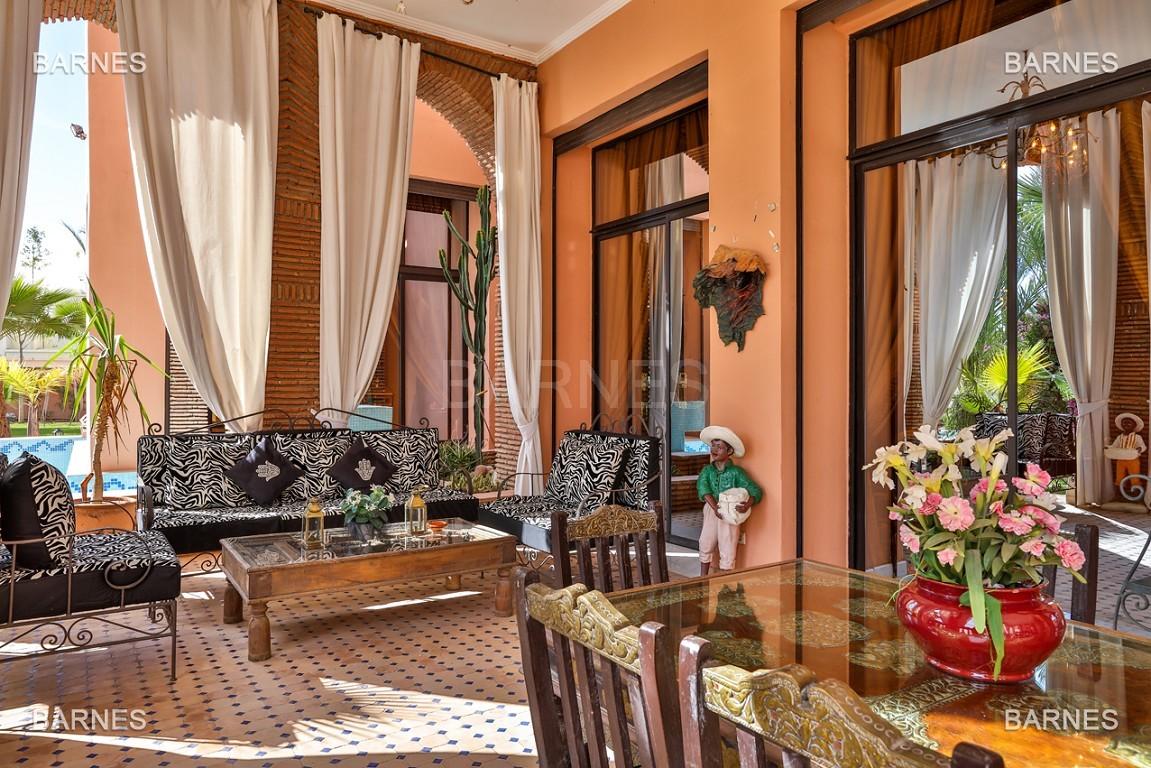 véritable palais arabo andalou aux dimensions impressionnantes. picture 10