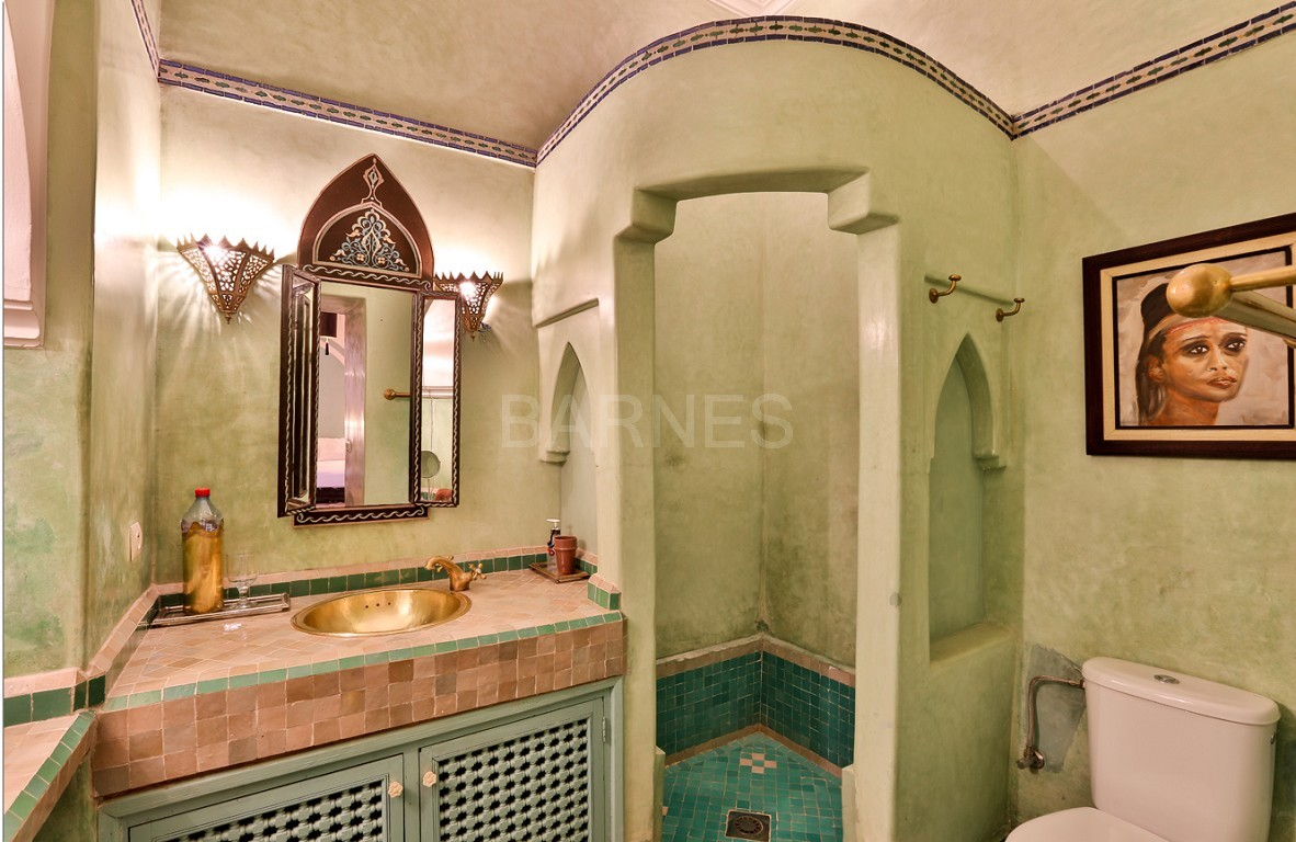 Riad , Patio pool , 6 bedrooms, 6 bathrooms , fireplace lounge, dining room , loft , terrace picture 8