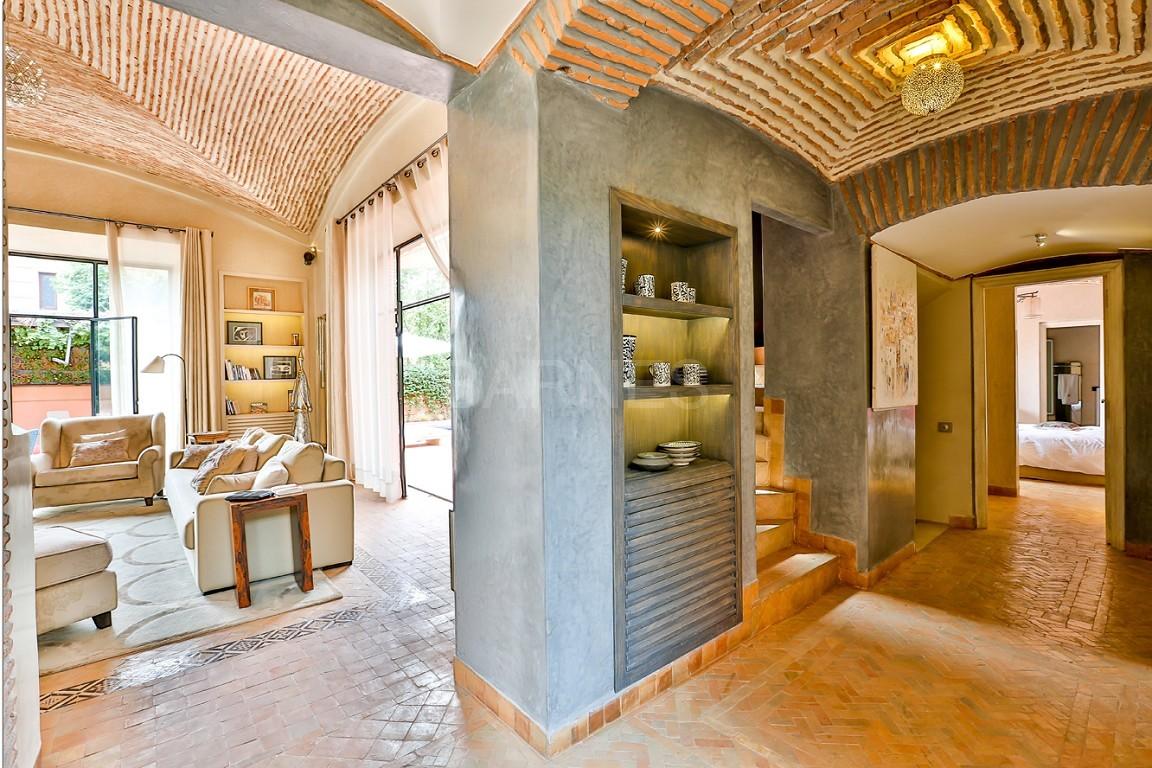 Vente villa Marrakech  Très belle villa sur Golf d'Amelkis, 5ch, toute récemment refaite et décorée avec du mobilier de très grande qualité.  picture 3