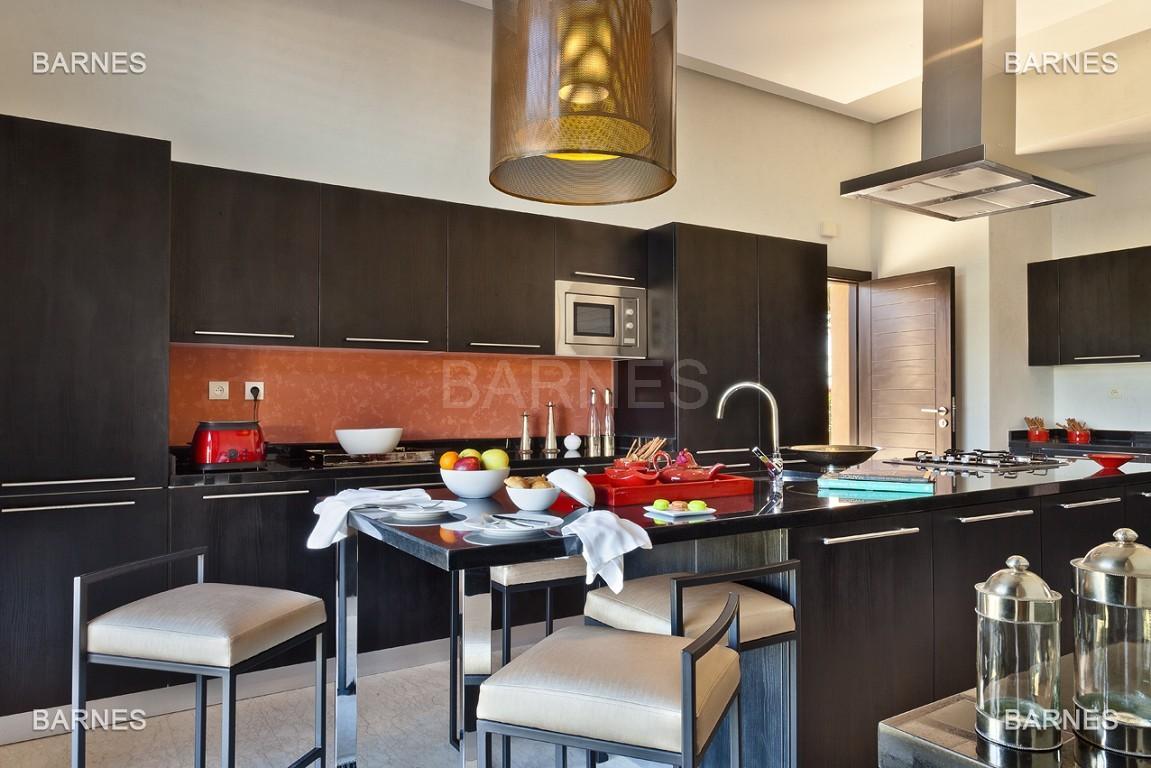 Villa contemporaine sur Golf de 400 m² habitables sur un terrain de 2500 m² picture 5