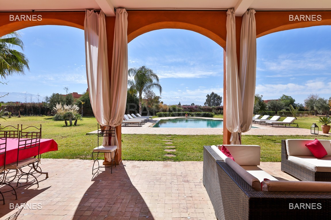 Très belle propriété d'inspiration marocaine, construite de plain pied sur 600m2  picture 16