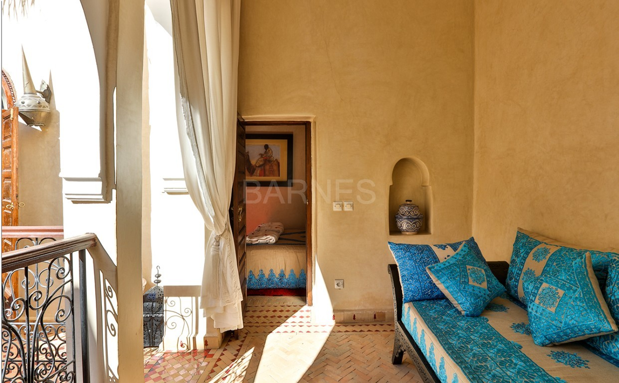 Riad guest house , 2 patios, pool , 10 bedrooms, 10 bathrooms , fireplace lounge, dining room , steam room, massage rooms , terrace picture 11