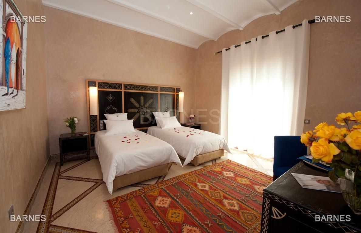 Impressionnante demeure marocaine construite dans la zone d'Amelkis sur un grand terrain de 1200m2 picture 14