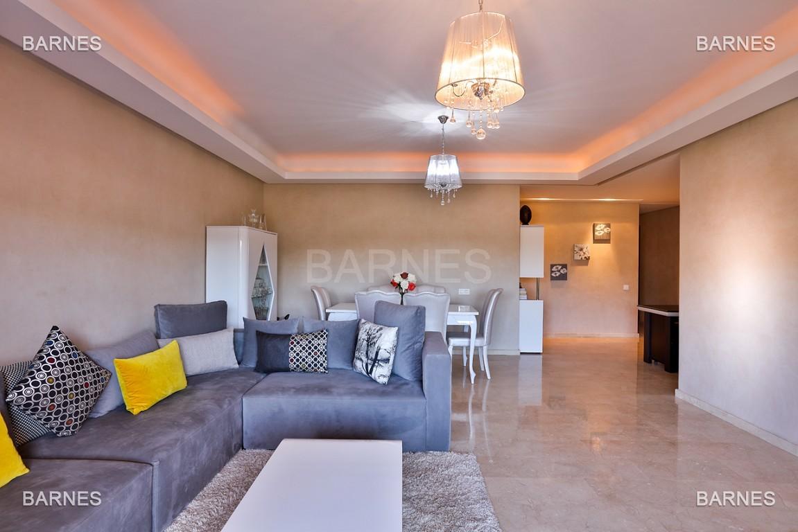 Très bel appartement de très haut standing proche du lycée Victor Hugo de128 m² dont 2 terrasses de 17 m² et 10 m². picture 11