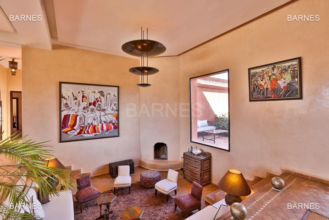 Très belle propriété d'inspiration marocaine, construite de plain pied sur 600m2  picture 15