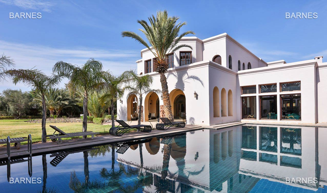 Marrakech - Morocco - Villas and Riads, 10 rooms, 8 bedrooms - Slideshow Picture 2